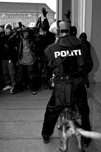 POLITI 2